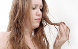 How to Get Vaseline Out of Your Hair