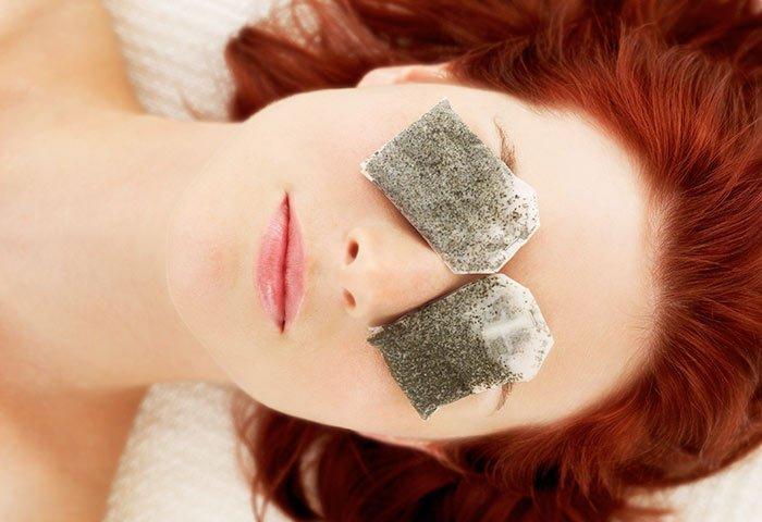 chamomile tea - get rid of sleepy eyes