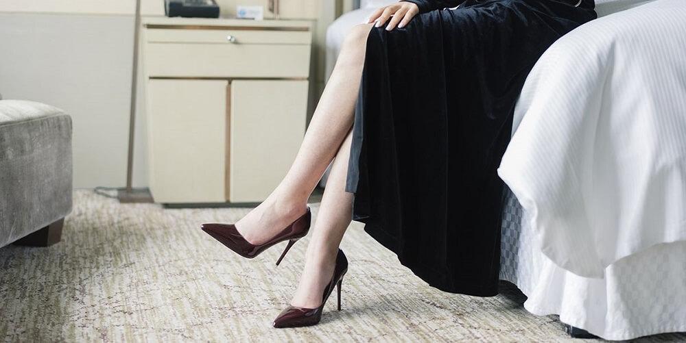 heels to wear on funeral