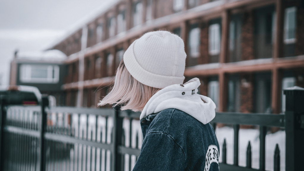 12 Ways on How to Wear Beanie with Long & Short Hair