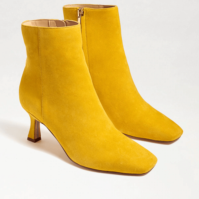 Square-toe Boot for Fall